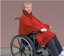 Warme cape voor rolstoelgebruik Countoured shawl AA8687
